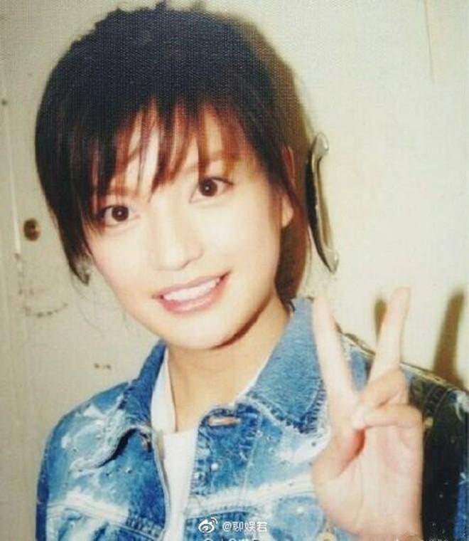 Hình ảnh gây sốt Weibo: Triệu Vy của 21 năm trước và bây giờ vẫn chẳng thay đổi, bảo sao Huỳnh Hiểu Minh ngày ấy say mê - ảnh 8