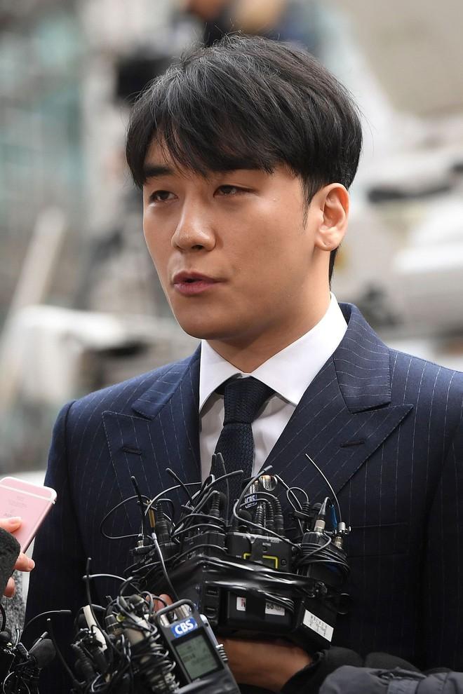 2019 - năm đáng sợ nhất của showbiz Hàn: Bí mật kinh thiên động địa bị phơi bày, những cái chết khiến dư luận bàng hoàng - ảnh 2