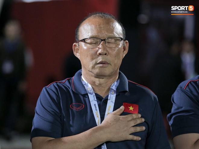 Thắng thuyết phục Indonesia, HLV Park Hang-seo vẫn xin lỗi tuyển thủ Việt Nam - ảnh 2