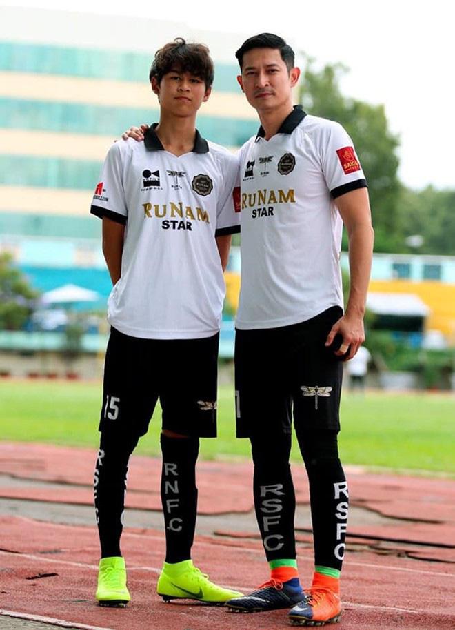 Con trai Huy Khánh sở hữu vẻ ngoài điển trai và chiều cao 1m8 dù mới 14 tuổi: Đúng là con nhà tông! - ảnh 5