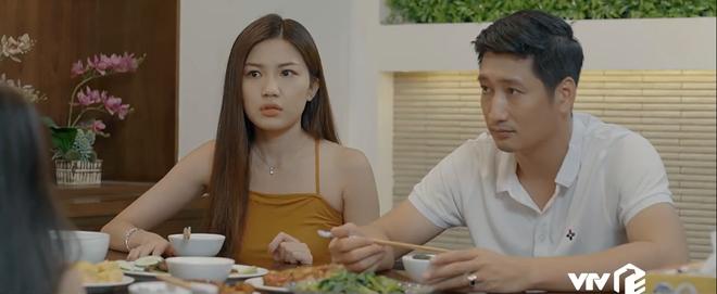 Preview Hoa Hồng Trên Ngực Trái tập 22: Bé Bống bóc phốt cái bầu Trà tiểu tam khiến Thái ngỡ ngàng! - ảnh 6