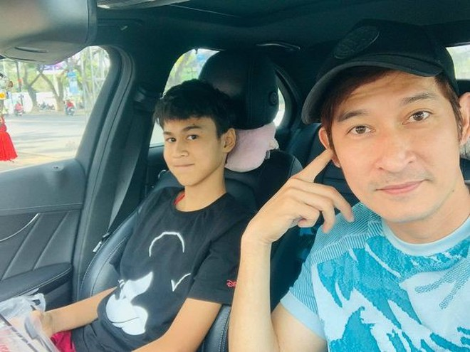 Con trai Huy Khánh sở hữu vẻ ngoài điển trai và chiều cao 1m8 dù mới 14 tuổi: Đúng là con nhà tông! - ảnh 4