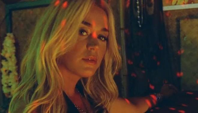 Katy Perry ra mắt MV mới Harleys In Hawaii như để kéo dài sự flop của bản thân: Đẹp, và chỉ có thế thôi! - ảnh 4