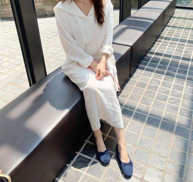 Tối thiểu nàng ngoài 30 tuổi nên có 5 mẫu giày sau để luôn mặc đẹp đến từng chi tiết - ảnh 17