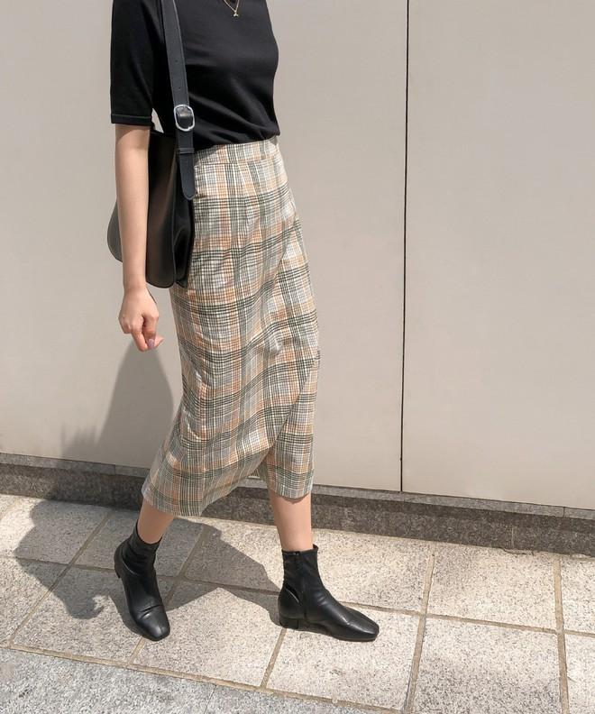 Tối thiểu nàng ngoài 30 tuổi nên có 5 mẫu giày sau để luôn mặc đẹp đến từng chi tiết - ảnh 9