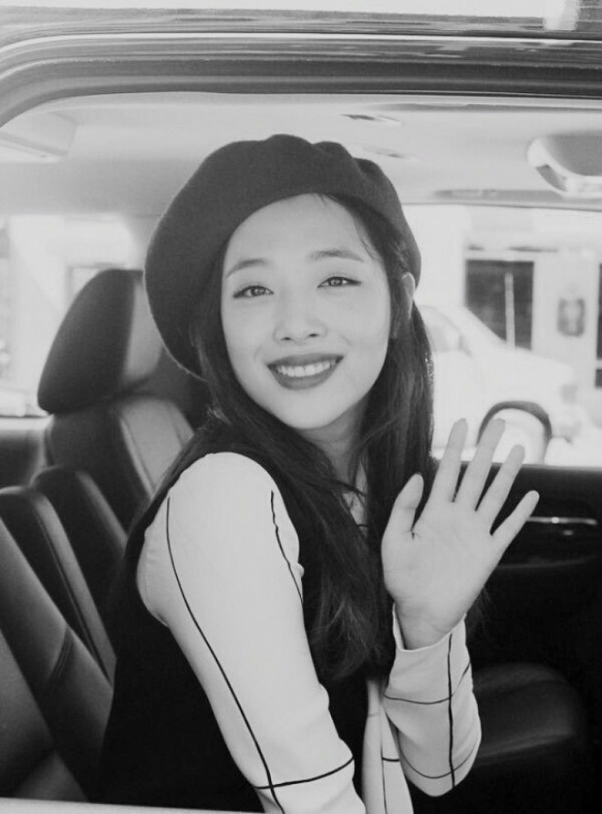 Nhật ký của một fan Việt tại Hàn Quốc: Tôi đã bật khóc trước di ảnh của em. Tạm biệt nhé, Sulli bé nhỏ! - ảnh 4