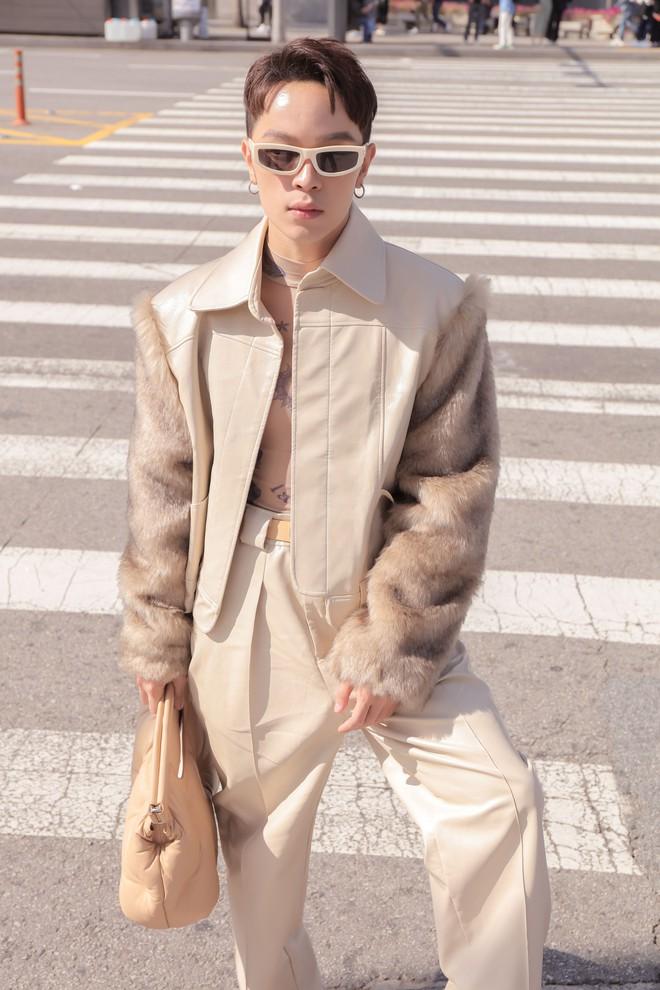 Seoul Fashion Week: Kelbin Lei, Huỳnh Tiên lọt top mặc đẹp của Vogue; Khổng Tú Quỳnh lần đầu chinh chiến - ảnh 2