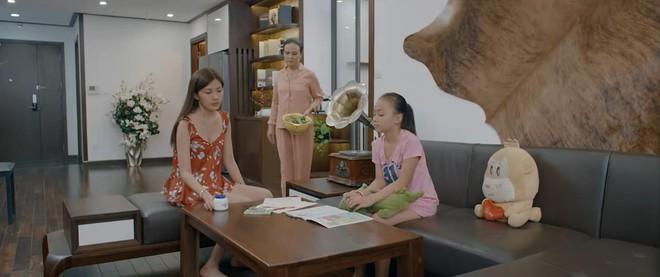 Bống (Hoa Hồng Trên Ngực Trái) đích thị là hậu duệ của Dương (Về Nhà Đi Con) trong việc dằn mặt Tuesday bằng gián! - ảnh 6