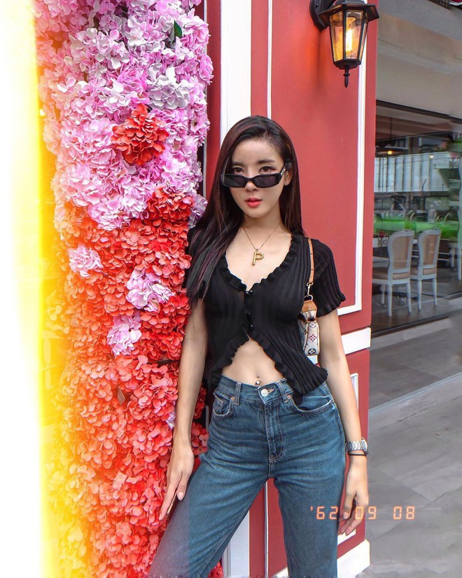Được Jennie diện từ tám đời nhưng đến giờ mẫu áo hờ hững vẫn khiến hội hot girl Thái mê mẩn - ảnh 8