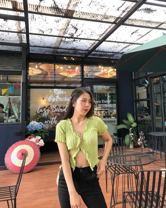 Được Jennie diện từ tám đời nhưng đến giờ mẫu áo hờ hững vẫn khiến hội hot girl Thái mê mẩn - ảnh 4