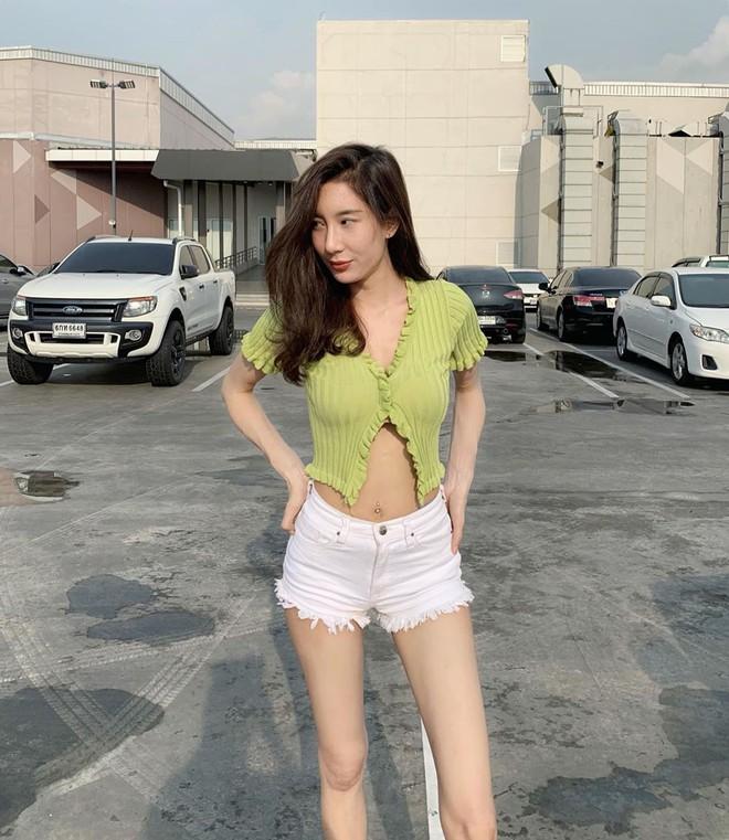 Được Jennie diện từ tám đời nhưng đến giờ mẫu áo hờ hững vẫn khiến hội hot girl Thái mê mẩn - ảnh 9