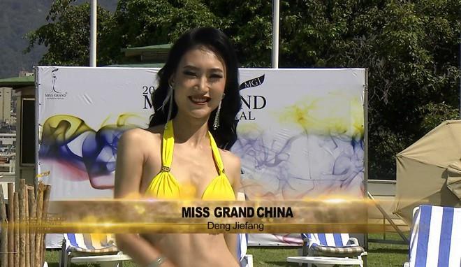 Sau màn trả lời cực khéo với anti-fan, Á hậu Kiều Loan được khen thông minh khi sửa áo tắm để tạo sự khác biệt - ảnh 4