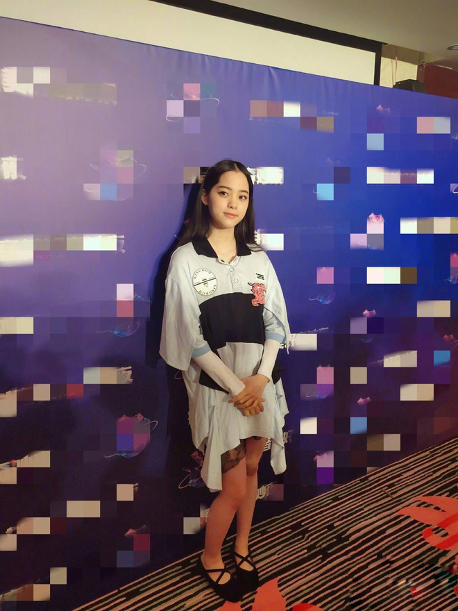 Màn chặt chém sắc vóc gắt nhất trên sóng truyền hình: Angela Baby chịu lép vế hoàn toàn trước mỹ nhân Luhan yêu say đắm - ảnh 8