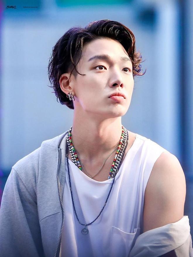 10 rapper đỉnh nhất Kpop do netizen bình chọn: Ngôi vương vừa lòng số đông nhưng thứ hạng của RM và Suga lại gây nhiều tranh cãi - ảnh 6