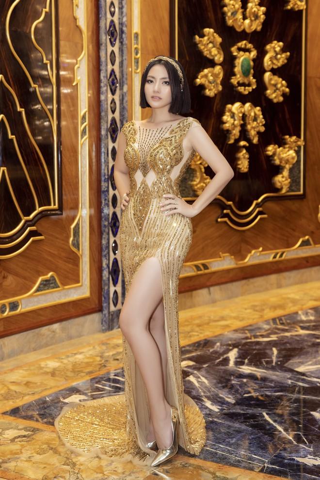Ngập sắc vàng kim cả một thảm đỏ: Lan Ngọc đài các đúng kiểu Crazy Rich Asian, Nhã Phương long lanh tựa nữ thần - ảnh 14