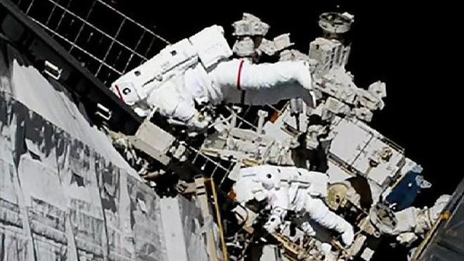 NASA làm nên lịch sử ngoài không gian - ảnh 2