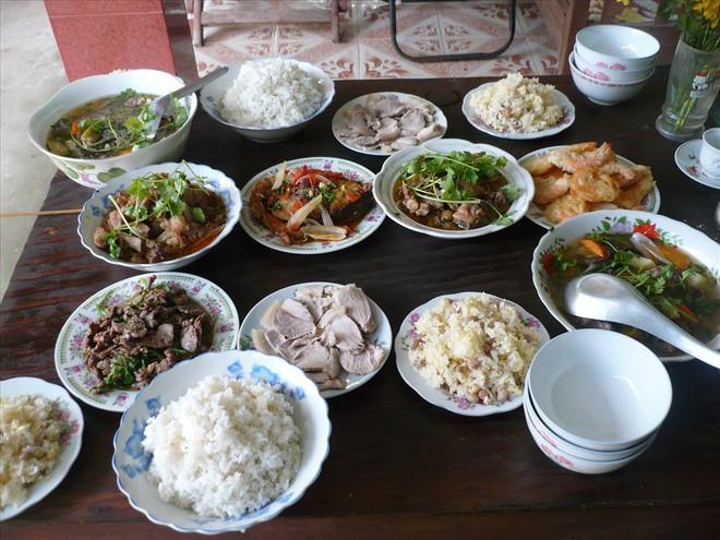 57% người Việt ăn thiếu rau, thừa muối và bia rượu - ảnh 2