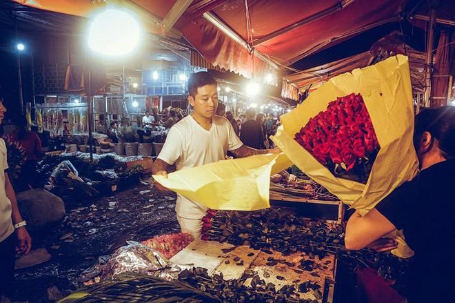 Sao Vbiz ngày 20/10: Vợ chồng Hà Tăng, Thủy Tiên cực ngọt ngào sau 10 năm gắn bó, Dương Khắc Linh tặng vợ quà khó đỡ - Ảnh 5.