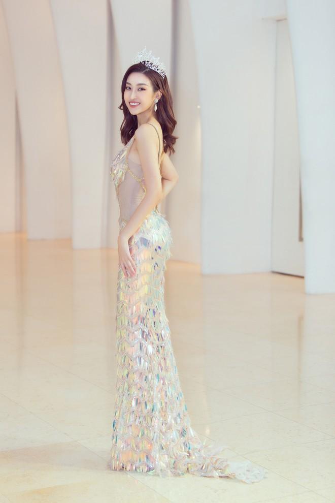 Khoảnh khắc xinh đẹp: Dàn Hoa hậu, Á hậu đình đám Vbiz đọ sắc, hoá Cinderella lộng lẫy như bước ra từ cổ tích - ảnh 4