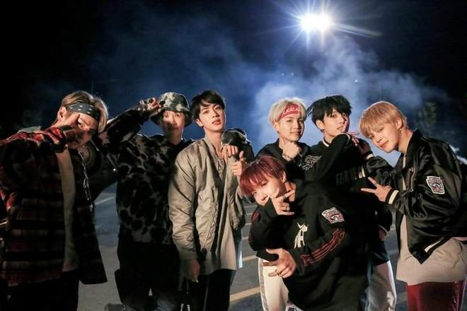 """Đốp chát với antifan trên mạng đã là gì, BTS, G-Dragon và loạt idol Kpop còn viết hẳn nhạc để dằn mặt """"hater"""" đây này! - Ảnh 1."""