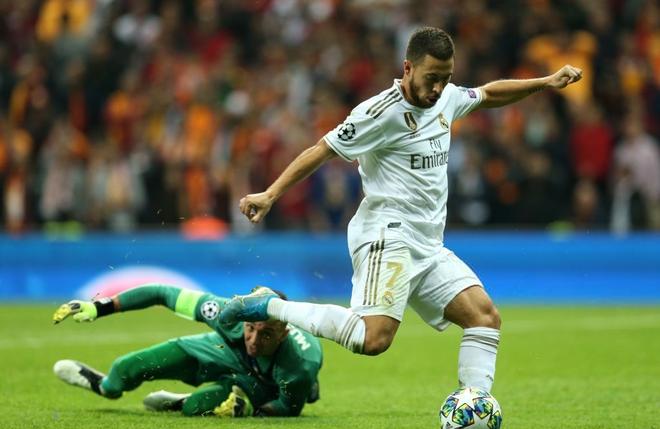 Courtois hóa người nhện, Real Madrid lần đầu hưởng niềm vui chiến thắng tại Champions League mùa này - ảnh 6