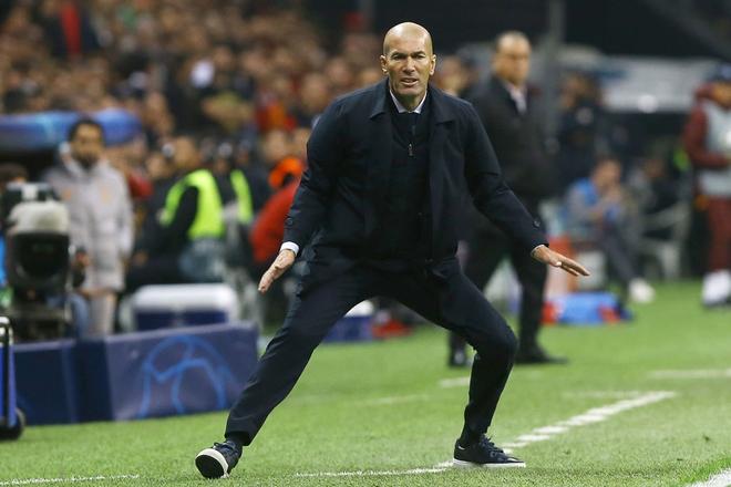 Courtois hóa người nhện, Real Madrid lần đầu hưởng niềm vui chiến thắng tại Champions League mùa này - ảnh 8
