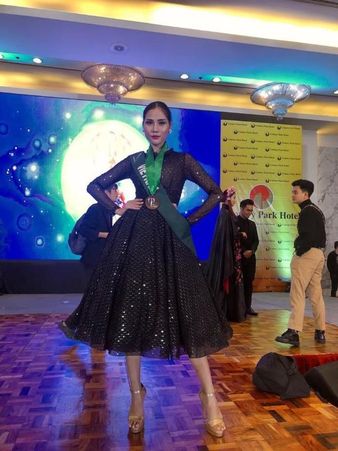 Netizen Việt kêu trời vì phần thi tài năng hát như tra tấn của Hoàng Hạnh tại Miss Earth, sao không tận dụng lợi thế? - Ảnh 6.