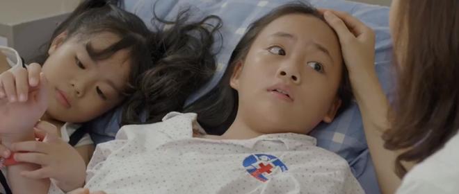 Hoa Hồng Trên Ngực Trái tập 23: Tính mạng con gái bị đe doạ mà Thái vẫn mải tranh nhà, cướp đất từo Khuê - ảnh 4