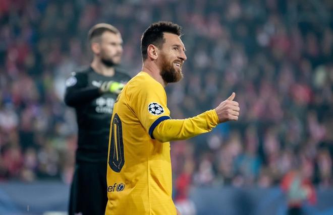 Messi lại lập kỉ lục, Barcelona suýt mất điểm tại Prague - ảnh 3
