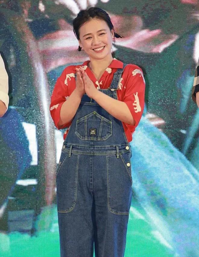 Sau Triệu Vy, lại thêm mỹ nhân Cbiz chứng minh: Giảm cân và đổi style sẽ giúp bạn thăng hạng nhan sắc nhường nào - ảnh 4