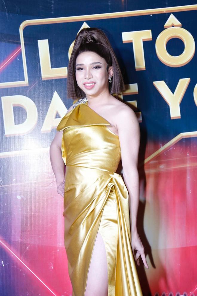 Su Su Gia Huy đầu tư 200 triệu đồng cho show hát lô tô với... ếch, lươn, trăn - ảnh 1