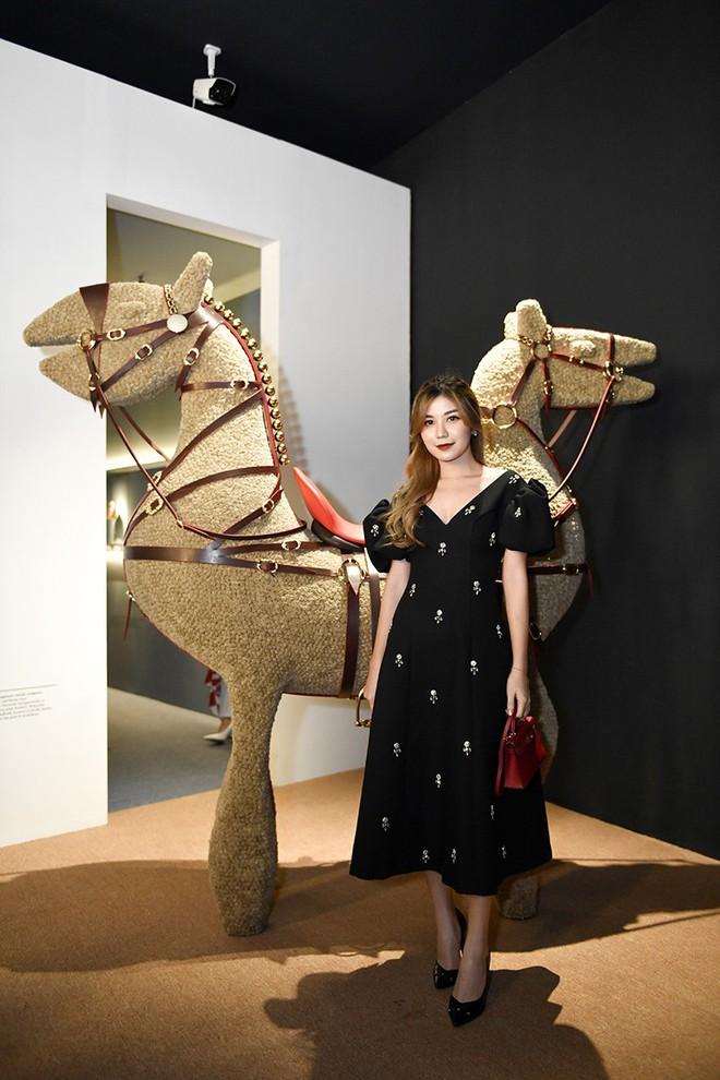 Châu Bùi, Thảo Nhi Lê cá tính; Khánh Linh lại nữ tính hết sức dự triển lãm Hermès Heritage - ảnh 10