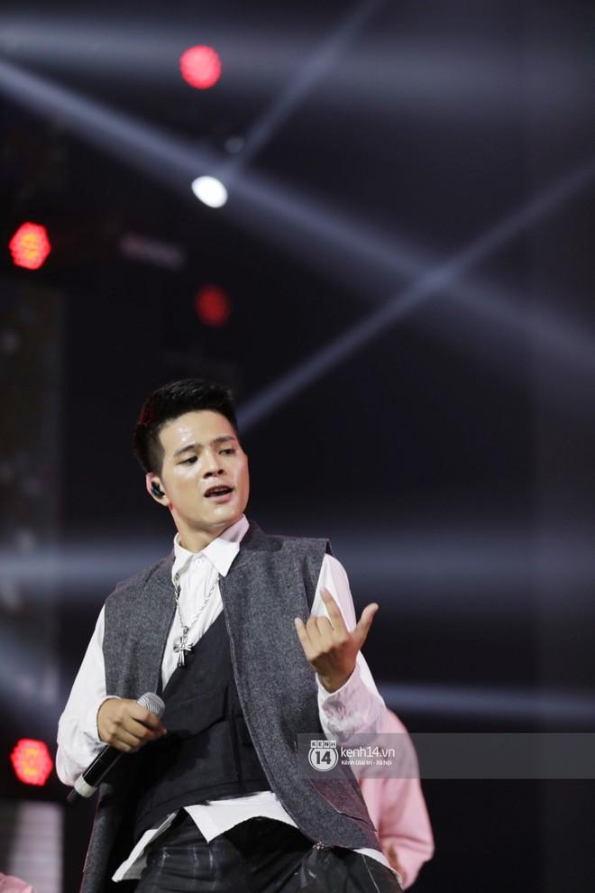 Cập nhật show âm nhạc Hàn-Việt: ITZY, The Boyz cùng dàn nghệ sĩ Vpop khiến fan vỡ òa vì bùng nổ trên sân khấu - ảnh 15