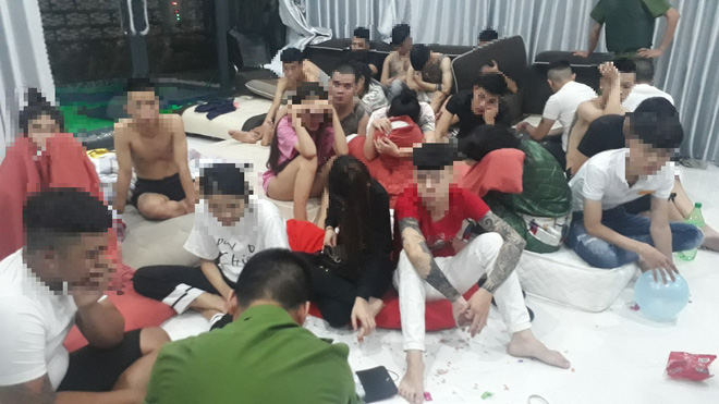 Đà Nẵng: Thuê villa tổ chức tiệc ma túy mừng sinh nhật, 22 thanh niên nam nữ bị tạm giữ - Ảnh 1.
