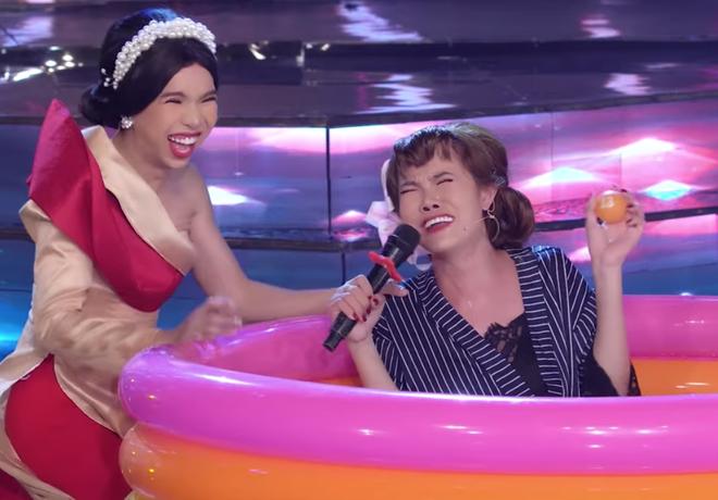 Su Su Gia Huy đầu tư 200 triệu đồng cho show hát lô tô với... ếch, lươn, trăn - ảnh 5