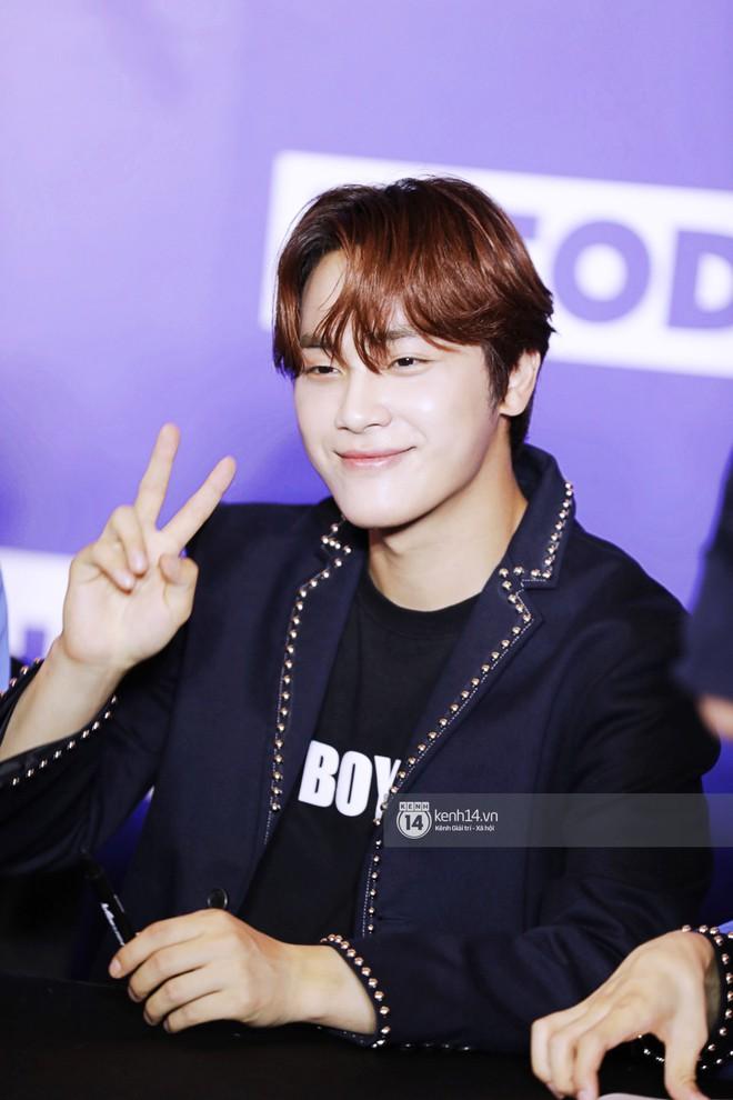 Fansign ITZY và The Boyz tại Việt Nam: 2 mỹ nhân nhà JYP gây bất ngờ vì nhan sắc, Young Hoon và Hyun Jae vẫn quá bảnh - ảnh 27