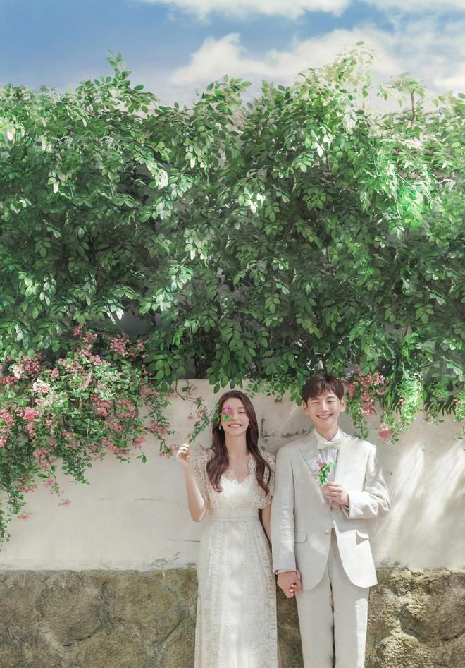 Dân mạng tranh cãi chuyện kết hôn nhưng không tổ chức đám cưới: Hôn lễ cầu kì cũng chỉ vì muốn lấy lại tiền mừng? - ảnh 1