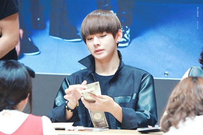 V (BTS) bất ngờ tậu nhà mới trăm tỉ, gây choáng khi thanh toán tất tần tật bằng tiền mặt trong 1 lần - ảnh 1