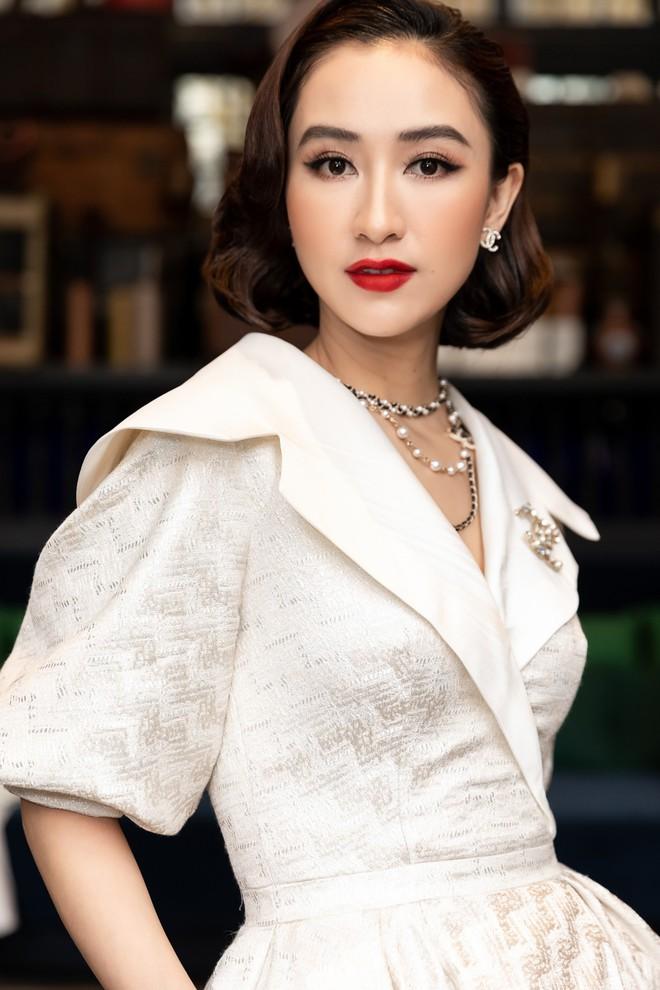 Dàn Hoa hậu, Á hậu hot nhất nhì Vbiz váy áo lộng lẫy, đụng độ bất phân thắng bại trong một khung hình - ảnh 12