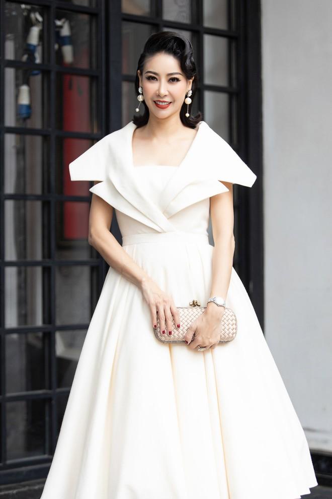 Dàn Hoa hậu, Á hậu hot nhất nhì Vbiz váy áo lộng lẫy, đụng độ bất phân thắng bại trong một khung hình - ảnh 2