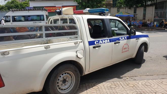 TP.HCM: Bé gái 6 tuổi nghi bị cha dượng bạo hành, châm tàn thuốc khắp người - ảnh 3