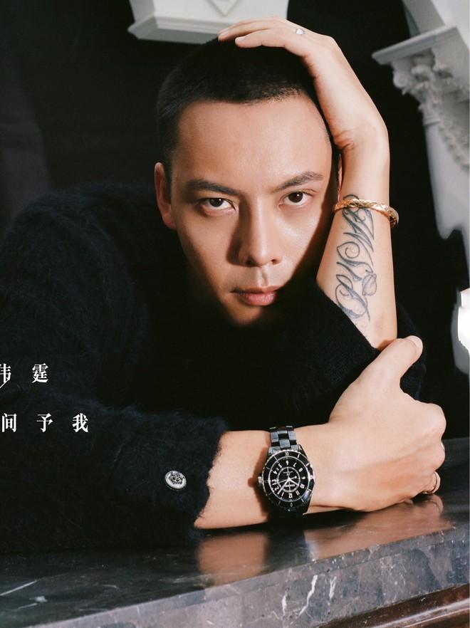 Cứ ngỡ Vương Nhất Bác thiếu hiểu biết khi đeo ngược đồng hồ hàng hiệu nhưng hóa ra lại là EQ cao không ngờ - ảnh 3