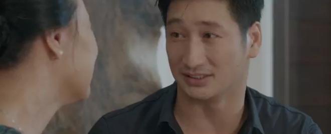 Hoa Hồng Trên Ngực Trái tập 24: Bắt quả tang Trà đu đưa với đàn em, Thái cầm dao dọa làm gỏi cô bồ tại chỗ - ảnh 9