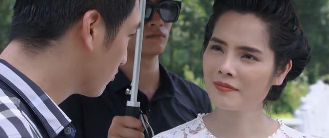 Preview Hoa Hồng Trên Ngực Trái tập 25: Sợ bị đánh hội đồng, Thái vẫn bạo gan rủ bà Dung xuống làm ma với mình - ảnh 4