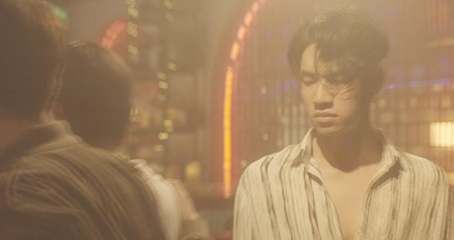 Xem xong loạt MV sặc mùi drama về chuyện tình tay ba, thật không ngoa khi nói rằng ở đâu có Tuesday - ở đó có bi kịch! - Ảnh 29.