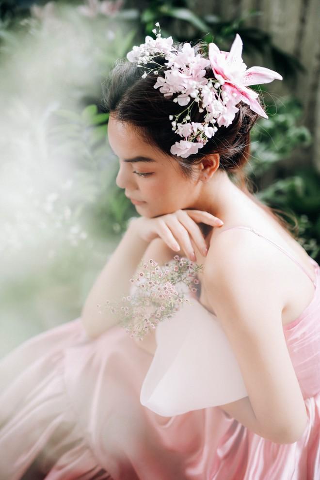 Phạm Quỳnh Anh tung bộ ảnh nàng thơ mộng mơ chứng minh nhan sắc không tuổi, tuyên bố: Bây giờ mới là khoảng thời gian thanh xuân của tôi - ảnh 5