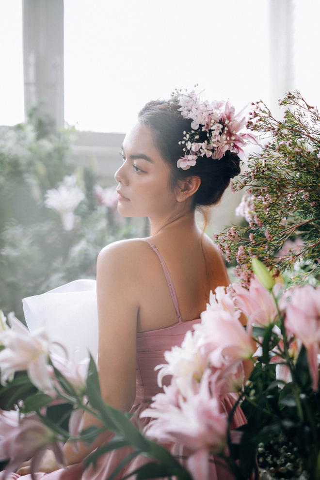 Phạm Quỳnh Anh tung bộ ảnh nàng thơ mộng mơ chứng minh nhan sắc không tuổi, tuyên bố: Bây giờ mới là khoảng thời gian thanh xuân của tôi - ảnh 6