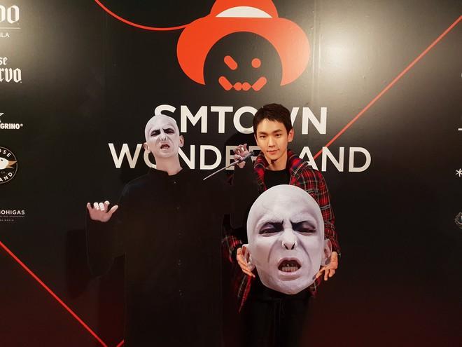 Idol Hàn bắt trend phim hot vào Halloween: TWICE khiến fan sốc nặng, độ chịu chơi nhà SM không ai đọ lại - Ảnh 13.