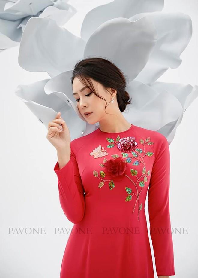 Hồng Diễm nền nã trong bộ ảnh diện áo dài truyền thống, duyên dáng chuẩn vẻ đẹp của phụ nữ Việt Nam - ảnh 6