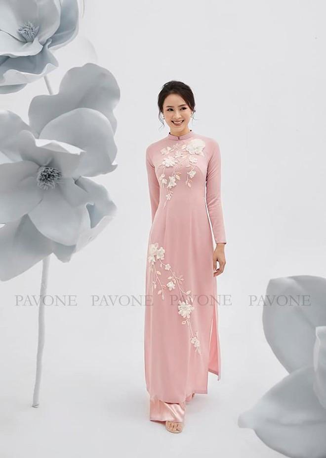 Hồng Diễm nền nã trong bộ ảnh diện áo dài truyền thống, duyên dáng chuẩn vẻ đẹp của phụ nữ Việt Nam - ảnh 4